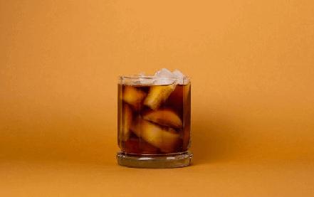 Gin tônica com café